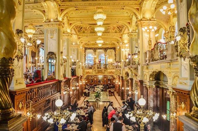 图19:纽约咖啡馆.jpg